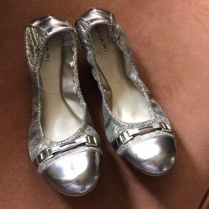 TAHARI Veronica leather foldable ballerinas 8.5